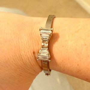 Beautiful Henri Bendel Bow Bangle