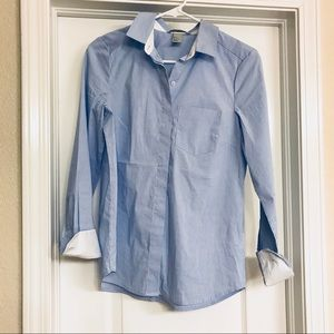 NWOT Fitted Button-Down Top