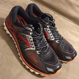 Brooks Glycerin 13 running, M size 11, black/red