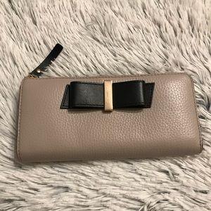 Kate Spade Parchment Drive Nisha Bow Zip Wallet