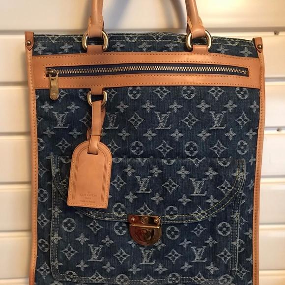 e30b8dabf290 Louis Vuitton Handbags - LOUIS VUITTON BLUE DENIM MONOGRAM SAC PLAT BAG