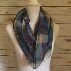 Brand new plaid scarf