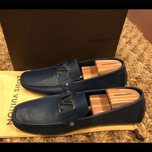 Authentic Louis Vuitton blue moccasins 9.5M