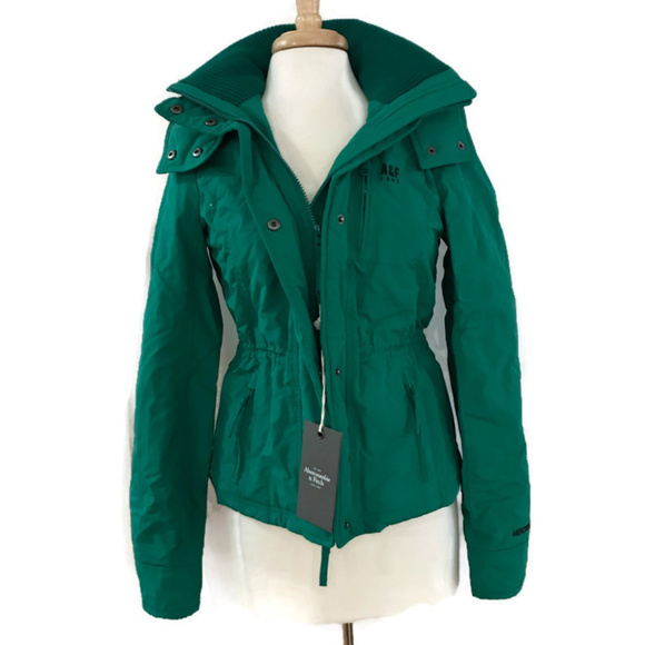 Abercrombie & Fitch Jackets & Blazers - Abercrombie and Fitch Green Winter Jacket slim fit