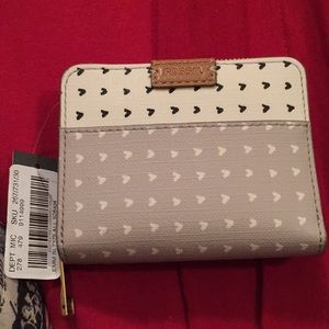 NWT Heart Pattern White, Gray, Black Fossil Wallet