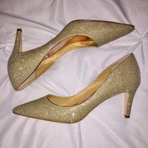 Badgley Mischka Gold Women's Size 7 Heel