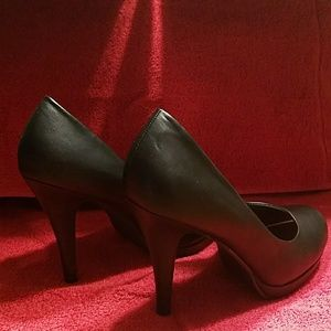 Madden Girl high heel pumps size 9.5