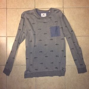 ON THE BYAS | Long Sleeve Sweater w/ Fish Print