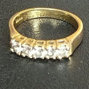 Vintage gold tone and rhinestone ring signed Seta