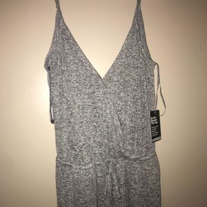NWT Grey Express Romper Size S!
