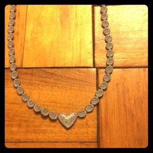 🛍BOGO HALF OFF🛍 NWOT Lavender Lace Necklace