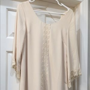 Cream shift dress with lace detail