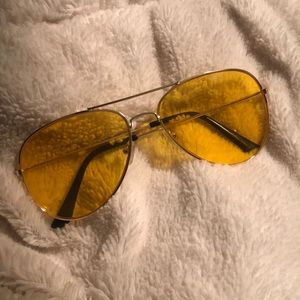 Trendy Yellow Sunglasses