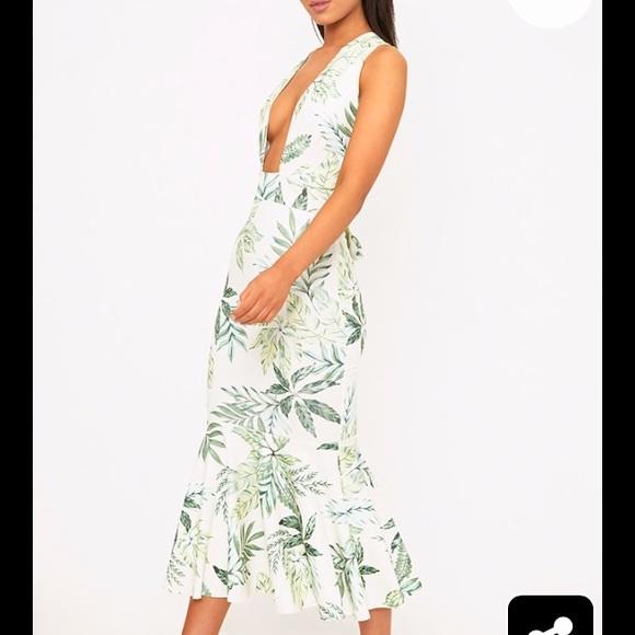4f5283381c Fishtail palm print dress pretty little thing