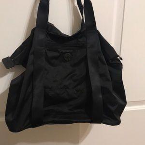 Black Lululemon tote bag