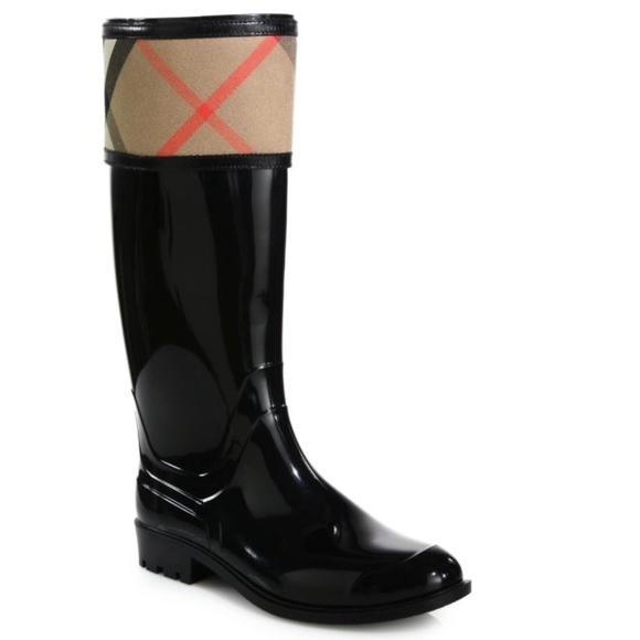 0718303e7a90 Burberry Shoes - Burberry Crosshill Check Rain Boots size 8