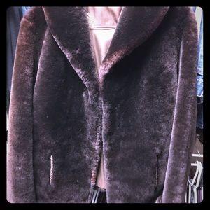 Vintage brown fur jacket Medium
