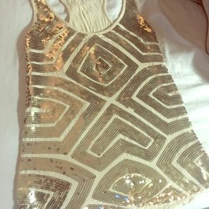 Gorgeous embellished gold bling tank size small