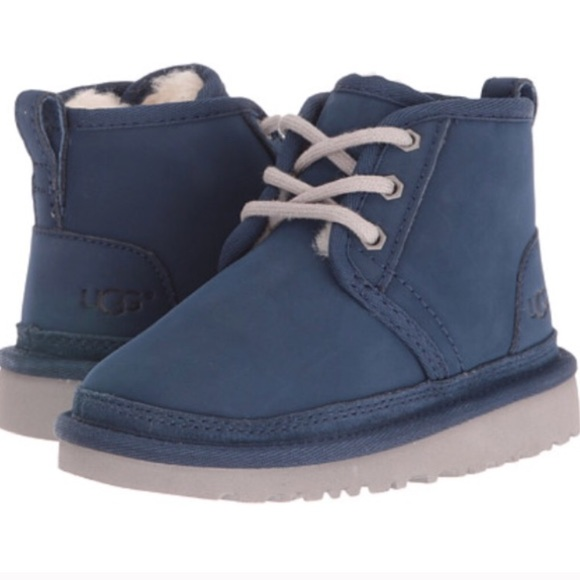 blue and white ugg neumel