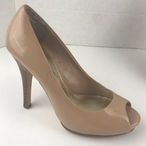 Steve Madden size 51/3 Nude Open Toe Shoes