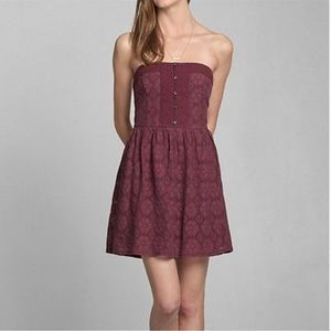 ABERCROMBIE & FITCH Strapless Maroon Dress