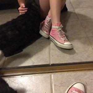 Hightop pink converse!