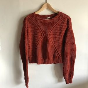 Silence + Noise}• chunky knit cropped sweater