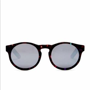 AQS unisex sunglasses NEW  MADE IN ITALY
