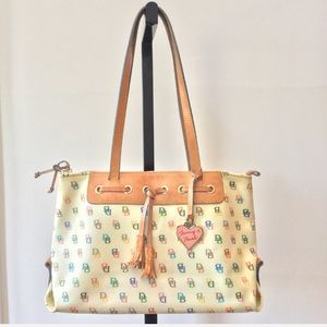 Fabulous Dooney & Bourke Bag