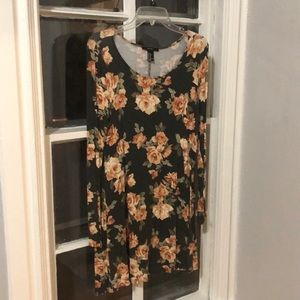 Forever 21 Long Sleeve Floral Mini Dress