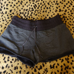 Lululemon Drawstring Shorts Size 4