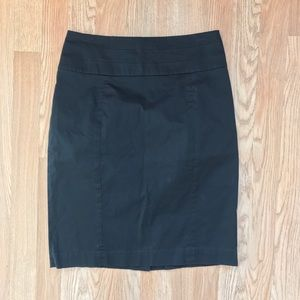 H&M Black Fully Lined Pencil Skirt Size 8