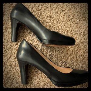 Ravishing Nike Air heels -as new