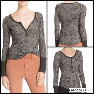 🎇COMING SOON🎇 We The Free People Henley Top