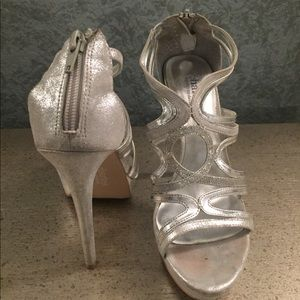Charles David Silver Sandals Size 7 1/2