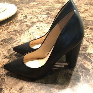 Jessica Simpson Pointed Black Heels/Pump