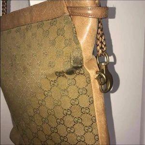 Gucci Purse Authentic 100%