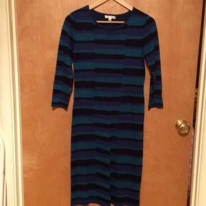 Blue geometric pattern dress