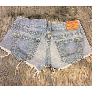 TRUE RELIGION distressed BOBBY denim Booty shorts