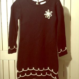 Girl's knit dress.
