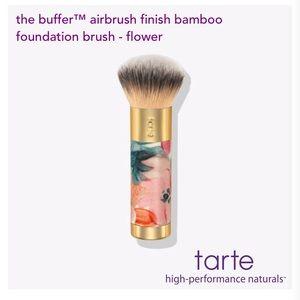 🌸NEW tarte the buffer™ airbrush foundation brush