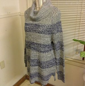 High/Low long Sweater nwot