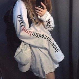 Tops - Lettering Long Sleeve White T-Shirt