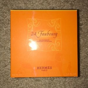 Hermes 24 faubourg brand new, 100% authentic 3.4