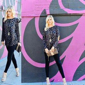 Tops - 🌟New Arrival Cheetah Print Knit Top🌟