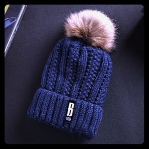 WARM CABLE KNIT HAT WITH FAUX FUR POMPOM!!