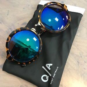 Brand new Quay reflective round sunglasses sunnies
