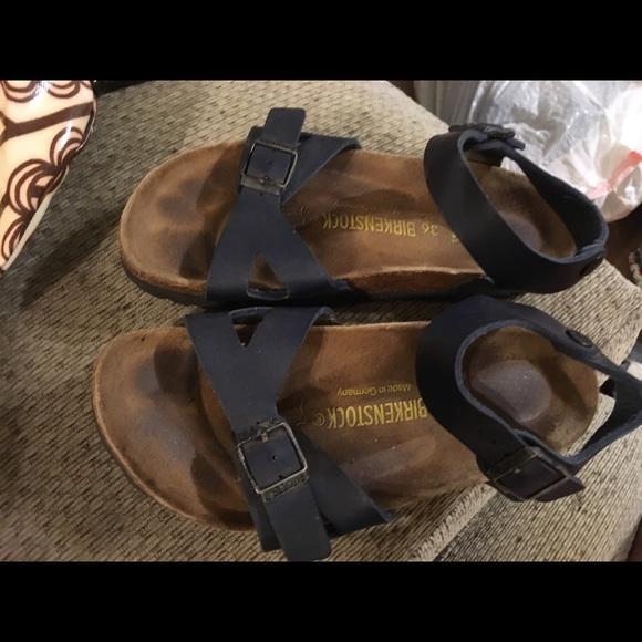 Birkenstock Shoes - Birkenstock Leather Sandals Size 5