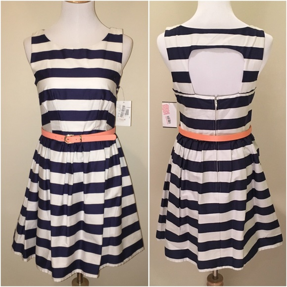 0119735253c NWT Navy   White Striped Cut Out Fit Flare Dress 7
