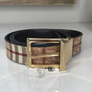 Burberry Reversible Belt with gold buckle